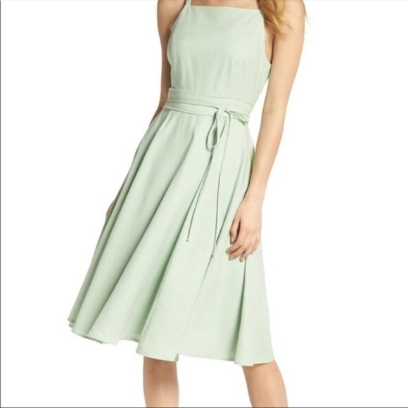Gal Meets Glam Green Midi Sundress